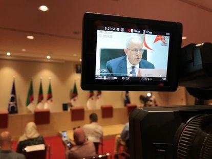 El ministro de Asuntos Exteriores argelino, Ramtane Lamamra, durante una conferencia de prensa este martes en Argel.