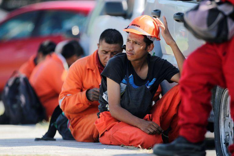 Trabajadores  de Pemex, en agosto en la refinería de Cadereyta de Monterrey.