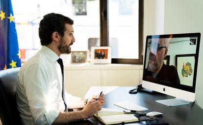 El líder del PP, Pablo Casado, en una reunión por videoconferencia este viernes.