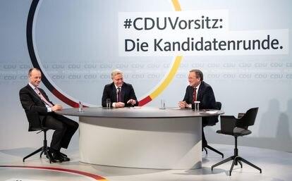 Los tres candidatos a la presidencia de la CDU de izquierda a derecha Friedrich Merz, Norbert Röttgen y Armin Laschet en la sede del partido en Berlín, este lunes.