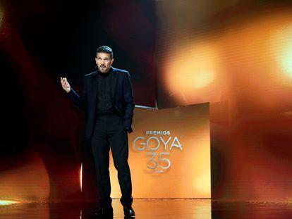 Antonio Banderas presenta los Goya en el Teatro del Soho CaixaBank de Málaga.