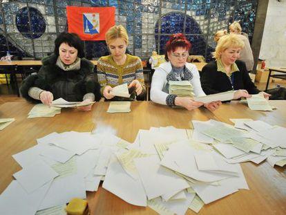 Recuento en un colegio de Sebastopol