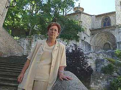 María José Fernández, alcaldesa de la localidad navarra de Estella.   / LUIS AZANZA  José Luis Lorenzo, alcalde de Sangüesa.   / LUIS AZANZA