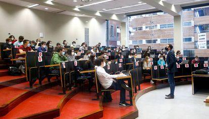Una clase en la Universitat Pompeu Fabra, en octubre.