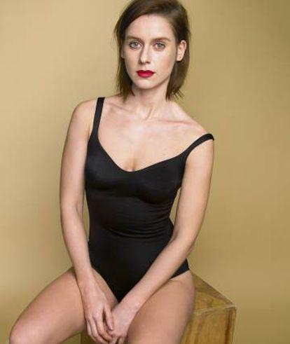 Manuela Wellés posa en exclusiva para ICON con un body Wolford.