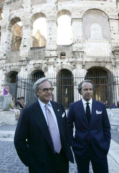 Los magnates Diego y Andrea Della Valle, dueños de Tod's, ante el Coliseo.
