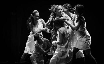 Thealia, iMaja y Rondarte llevan a escena 'Presas'.