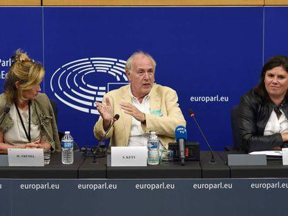 Rueda de prensa sobre el 'Copyright' en Estrasburgo, este martes.