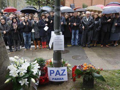 Homenaje que la familia de Inaxio Uria rindió al empresario asesinado por ETA en 2009.