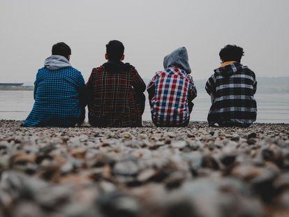 La adolescencia es la edad temida, el momento que todos los padres esperamos con el hacha escondida detrás de la espalda.