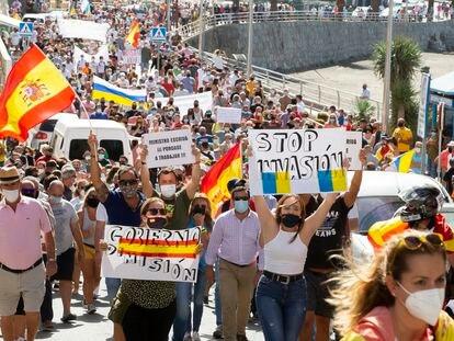 Manifestación convocada por la Plataforma Vecinal de Arguineguín.