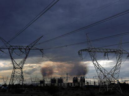 Planta de la Comisión Federal de Electricidad (CFE) en la que se quema combustóleo en Tula de Allende, Hidalgo.