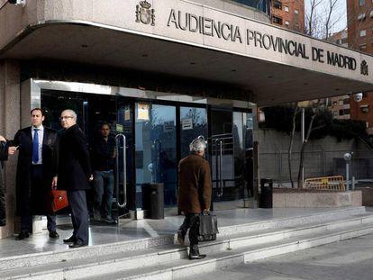 La entrada de la Audiencia Provincial de Madrid, donde se celebra el juicio del 'caso espías'.
