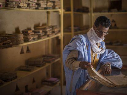 Los guardianes de las bibliotecas del desierto de Mauritania.