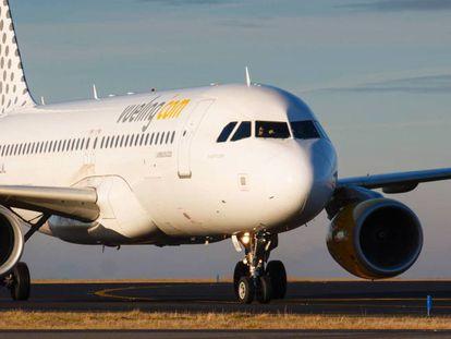Avión de la aerolínea de bajo coste Vueling.