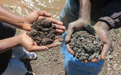 Plus de 40 000 enfants travaillent dans l'exploitation minière illégale en RDC, selon l'UNICEF.