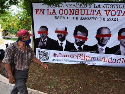 Cartel oficialista que invita a votar en la consulta popular del 1 de agosto.