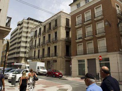 Una de las esquinas de la calle Tomás de Heredia de Málaga.