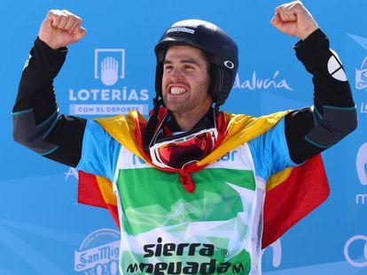 Eguibar celebra la plata en el Mundial de Sierra Nevada 2017.