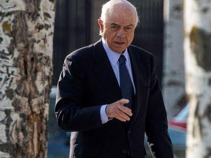Francisco González, expresidente del BBVA, antes de entrar en la Audiencia Nacional en abril de 2019. JAIME VILLANUEVA