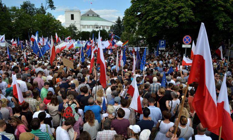 Manifestación en Varsovia contra la reforma judicial del Gobierno de Ley y Justicia el 30 de septiembre de 2019.