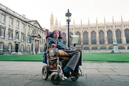 Stephen Hawking,fotografiado en Cambridge en 1988.