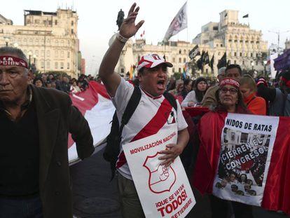Los manifestantes tomaron las calles de Lima este jueves.