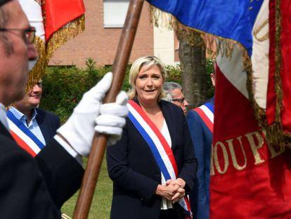 Marine Le Pen celebra el 14 de julio en su feudo de Hénin-Beaumont, en el norte de Francia