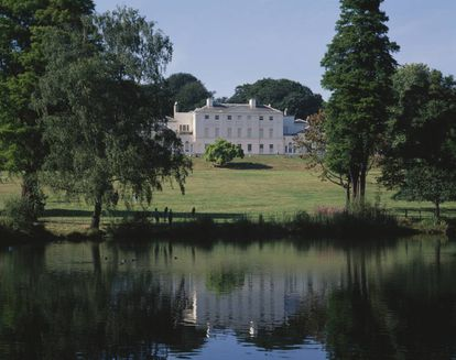 Kenwood House, en el parque londinense de Hempstead Heath, ahora abierta a las visitas, es una de las pocas que han reconocido abiertamente su pasado esclavista. |