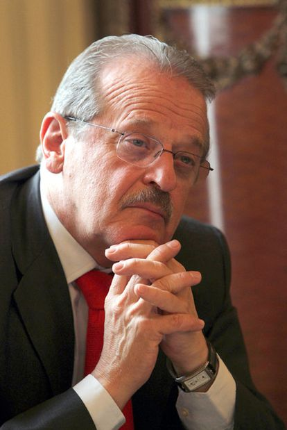Tarso Genro, ayer en la Embajada de Brasil en Madrid.