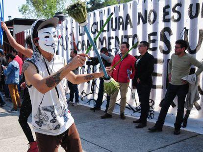 Artistas en la manifestación fuera de la Cámara de Diputados.