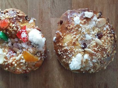 De izquierda a derecha, 'bolo rei' y 'bolo rainha' de la pastelería Bernard.