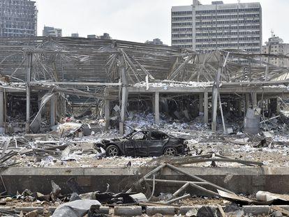Aspecto del puerto de Beirut, tras la explosión de 2.750 toneladas de nitrato de amonio.
