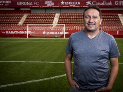 El entrenador del Girona charla con EL PAÍS sobre su proyecto en el club catalán y analiza el duelo ante el Barcelona