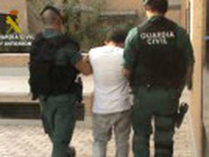 Son dos de los aluniceros más famosos de Madrid y se les imputan varios robos con fuerza e intimidación en la región