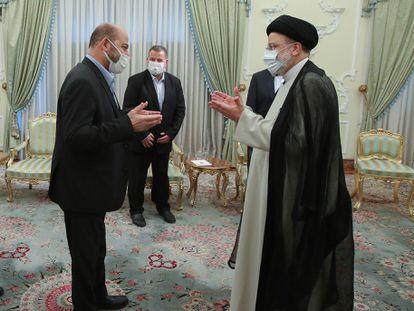 El presidente de Irán, Ebrahim Raisi, recibi una delegación del Hamás palestino en Teherán, el 6 de agosto.