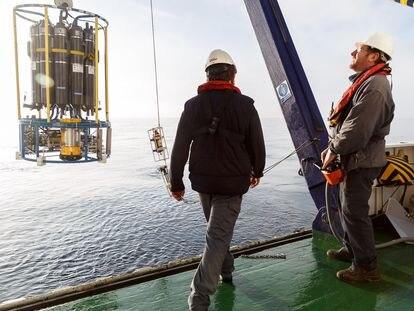 Investigadores durante una campaña del Instituto Español de Oceanografía (IEO)