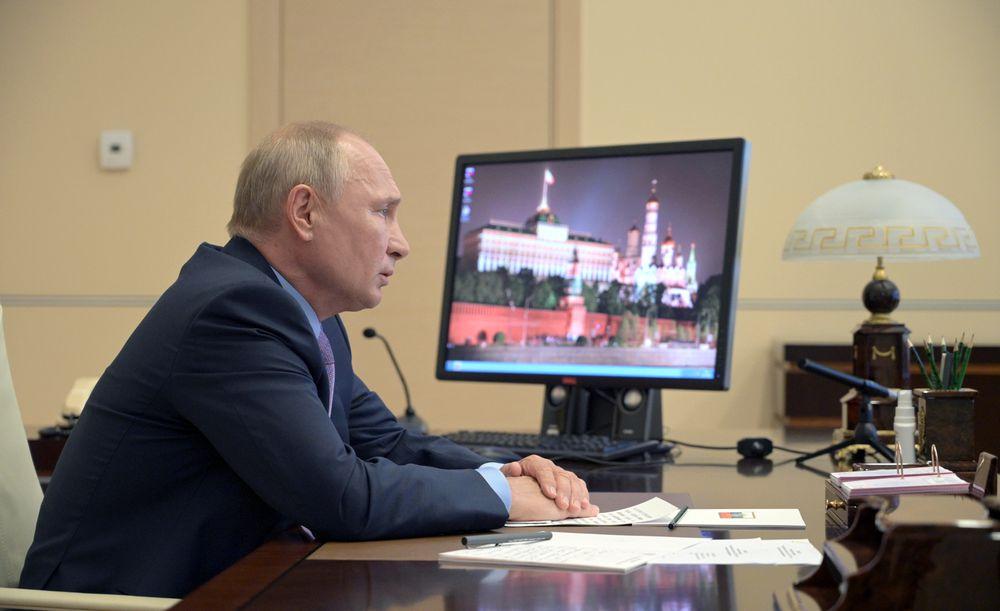 El coronavirus fuerza a Putin a aparcar su ambicioso plan de desarrollo económico