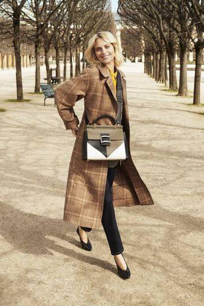La modelo Poppy Delevingne en la campaña de la firma francesa Roger Vivier, de la que es nueva imagen.