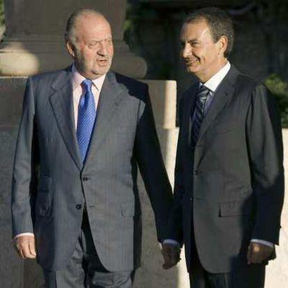 El Rey y el presidente del Gobierno, en el Palacio Marivent de Palma.