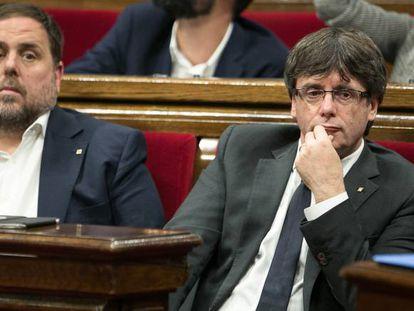 El vicepresidente catalán, Oriol Junqueras junto al presidente Carles Puigdemont.