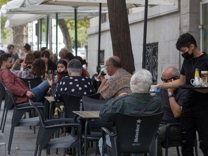 Una terraza en Madrid el 23 de septiembre de 2021.