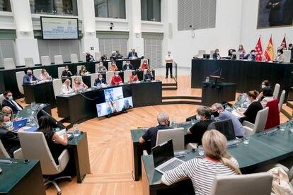 Vista general de una sesión extraordinaria y urgente del pleno municipal, en el Palacio de Cibeles, el pasado 13 de septiembre.