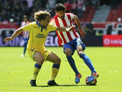 El Sporting vence a Las Palmas en el Molinón