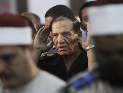 Una foto de archivo de Sami Anan cuando todavía formaba parte de la cúpula militar