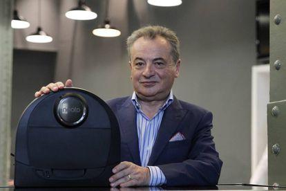 Giacomo Marini, CEO de Neato Robotics.