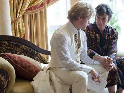 Matt Damon y Michael Douglas, en un fotograma de 'Behind the Candelabra'