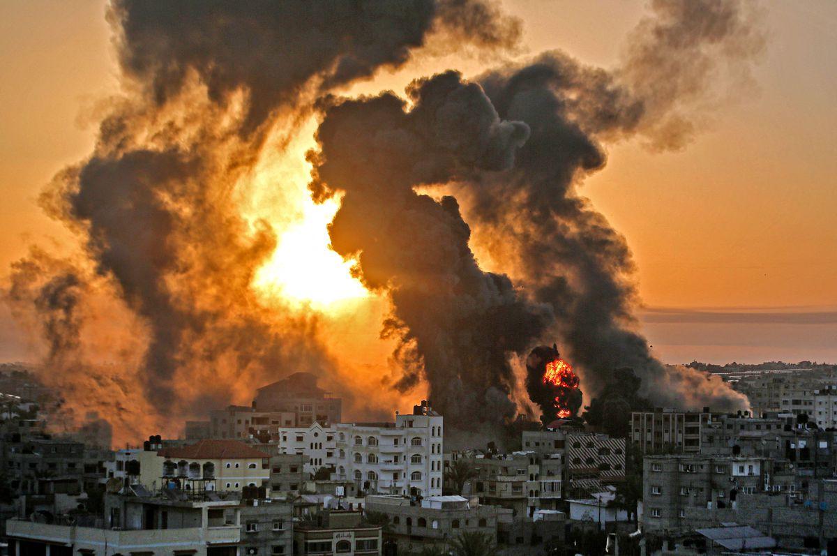 Israel y Hamás intensifican sus ataques en una ofensiva con medio centenar de muertos