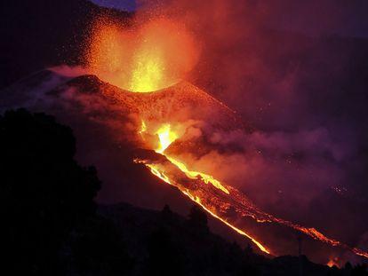 Imagen del cráter del volcán de La Palma.