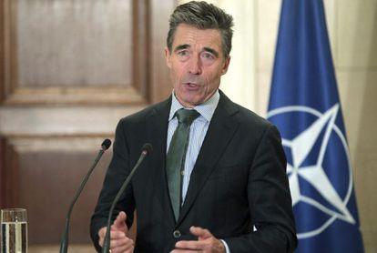 El secretario general de la OTAN, Anders Fogh Rasmussen, en una rueda de prensa en Atenas el pasado viernes.